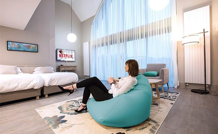 Philips Partner IPTV Casting Hotels Aparthotels